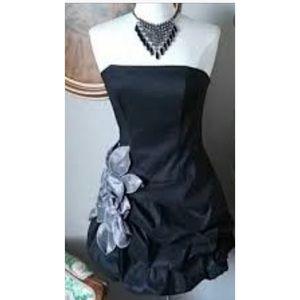 Jessica McLintock  Appliqué Bubble Dress VNTG